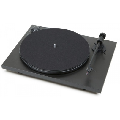 pro-ject-primary-turntable-with-lid-e89
